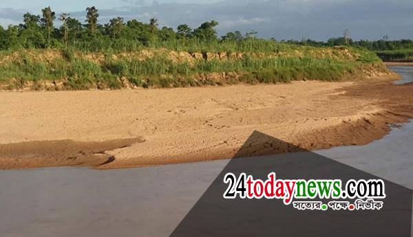 ধলাই নদীর চর খননে সরকারের গচ্ছা সাড়ে ৪ কোটি টাকা