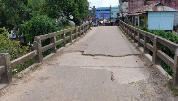 নড়বড়ে সুতাং ব্রিজ, টেন্ডার হলেও শুরু হচ্ছে না নির্মাণ কাজ